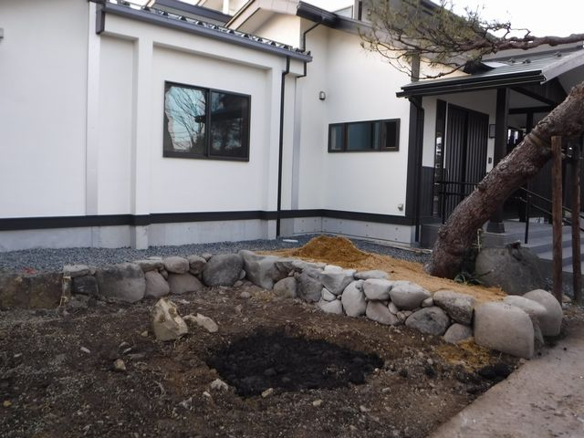 天童市の菩提寺の庭園改修工事。