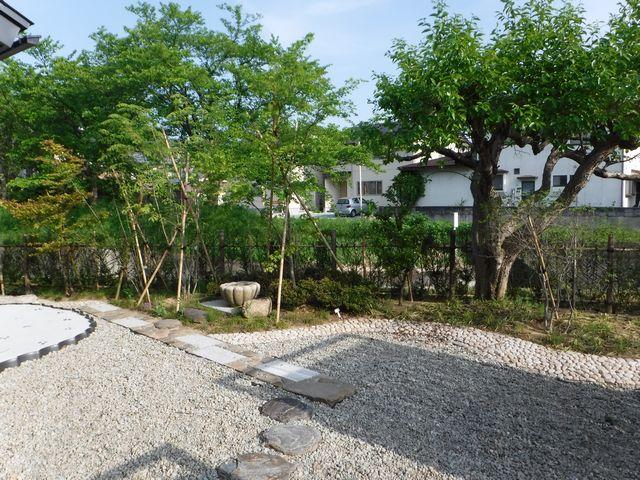 村山市の和モダンの庭「K様邸」