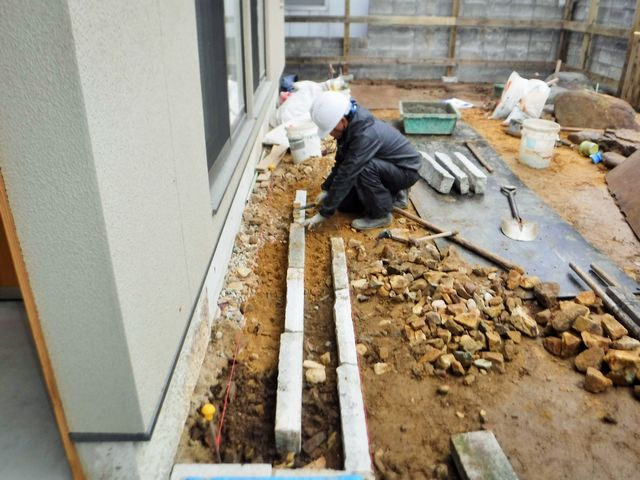天童市S様邸の作庭工事の続き